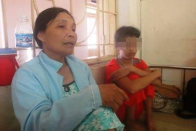 Chém mẹ khi bị bắt quả tang hiếp dâm con - 1