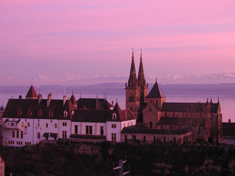 Neuchâtel là thủ phủ của thành phố cùng tên ở Thụy Sĩ.