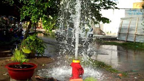 Đề xuất tăng giá nước: Lo cú sốc lớn - 1
