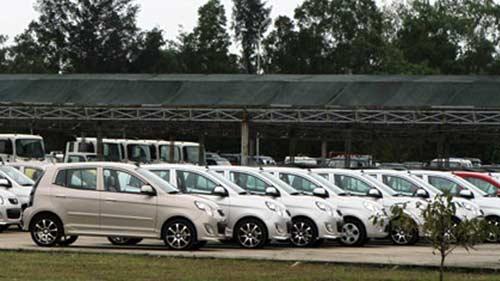 VAMA: Đề xuất giải pháp cứu thị trường ô tô ế ẩm - 1