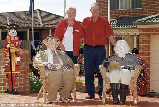 Cặp vợ chồng Janet và Philip Williams đã thu hút hàng trăm vạn khách du lịch tới thăm quan căn nhà của họ.