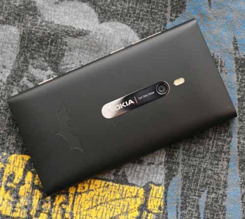"""Lumia 900 phiên bản """"người dơi"""" lộ diện - 1"""