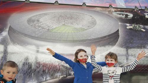 "EURO 2012: Ba Lan chờ ""hiệu ứng Barcelona"" - 1"