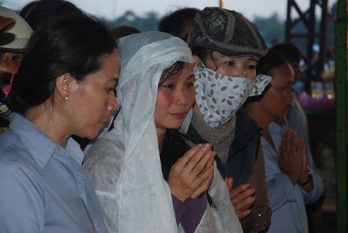 Đại lễ cầu siêu nơi thảm nạn Sêrêpôk - 1