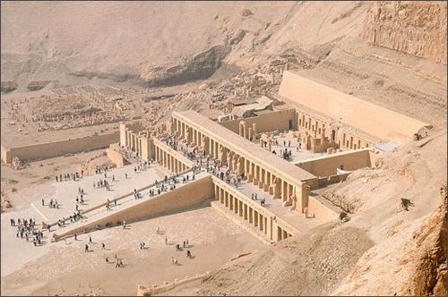 10 công trình kiến trúc cổ vĩ đại ở Ai Cập - 1
