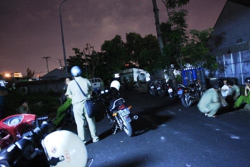 Bao vây bệnh viện, cướp xác nạn nhân - 1
