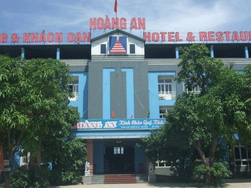 Bao vây khách sạn bắt tên giết người - 1