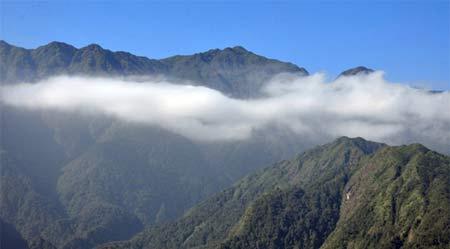 10 ngọn núi 'quyến rũ' nhất Lào Cai - 1