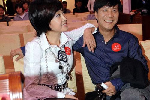 Lưu Hiểu Khánh cặp kè phi công trẻ - 1