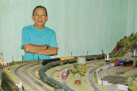 Người sưu tập mô hình xe lửa nhiều nhất Việt Nam - 1