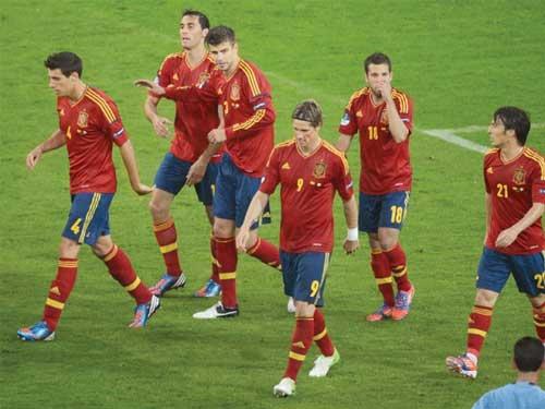 Croatia - Tây Ban Nha: Tranh ngôi đầu - 1