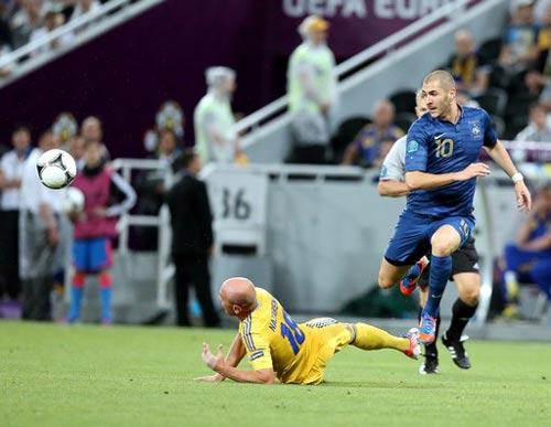Thụy Điển - Pháp: Chiến thắng và ngôi đầu - 1
