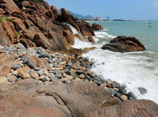 Thanh bình biển Quy Nhơn - 1