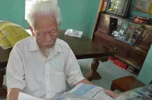 Gặp cụ ông 105 tuổi, 12 con, 100 cháu - 1