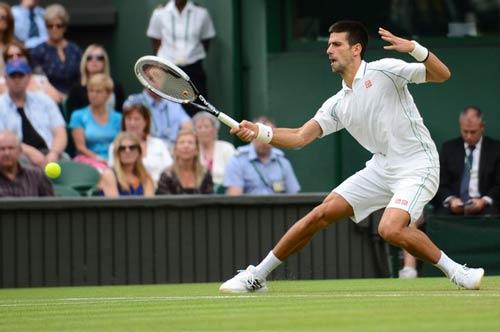 Djokovic - Stepanek: Áp lực quá lớn (Video tennis, vòng 3 Wimbledon) - 1
