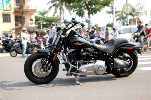 Cận cảnh hoàng tử đen Harley Davidson CVOtại Việt Nam - 1