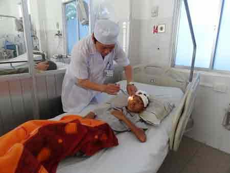 3 mẹ con tử nạn cầu Cần Thơ: Bé trai hồi phục - 1