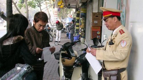 Hà Nội lắp ATM thu tiền nộp phạt vi phạm GT - 1