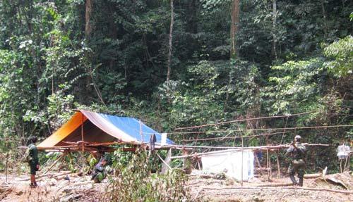 Vụ giết 5 phu trầm: Vây ráp rừng Ma - 1