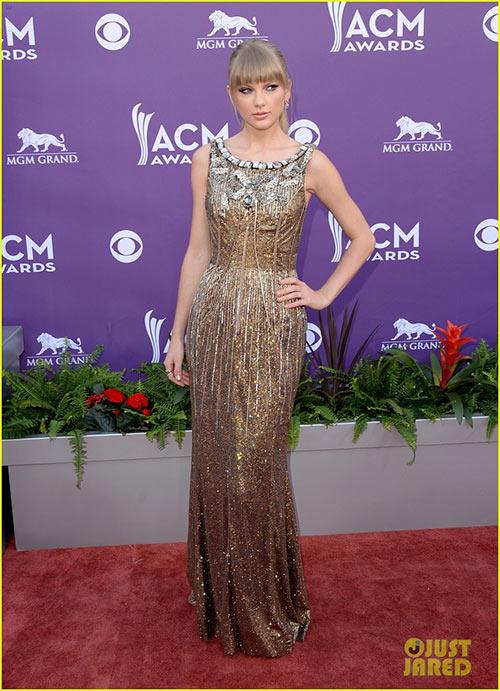 Taylor Swift đẹp như nữ thần - 1