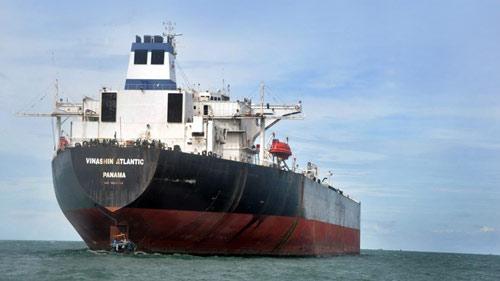 Tàu trăm tỉ của Vinalines bán rẻ hơn sắt vụn - 1