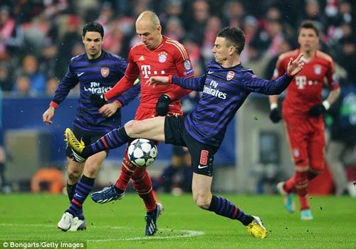 Pep muốn rút ruột Arsenal - 1