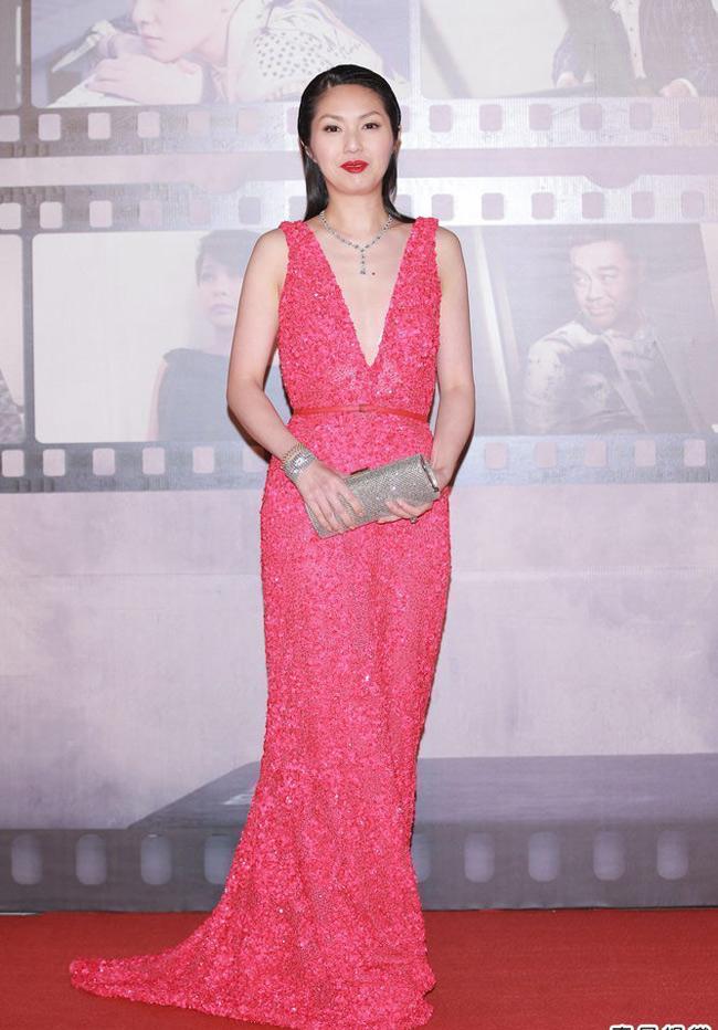 Dương Thiên Hoa - người đoạt giải nữ diễn viên chính xuất sắc nhất của Kim Tượng năm nay.