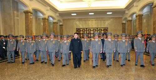 Sinh nhật Kim Nhật Thành, Hàn Quốc cảnh giác - 1
