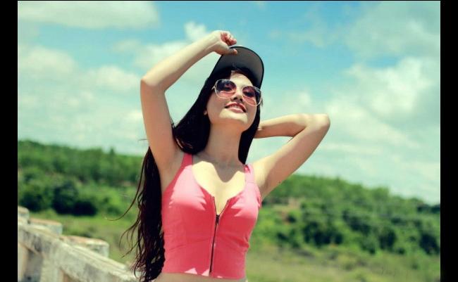 DJ Ruby Nguyễn khoe hình thể sexy  Hot girl Sài thành sexy từng centimet Thiên Cầm khoe vẻ gợi cảm với váy ngủ Hot girl 17 tuổi tung ảnh cưới với người yêu