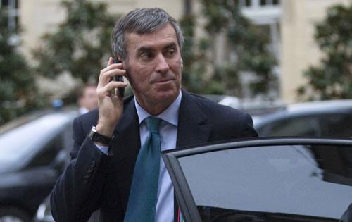 Bộ trưởng Pháp phải công khai xe hơi, nhà lầu - 1