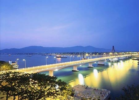 Kinh nghiệm du lịch Đà Nẵng dịp 30.4 - 1