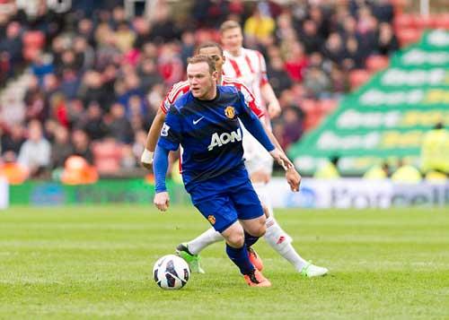 Khước từ PSG, Rooney muốn ở lại MU - 1