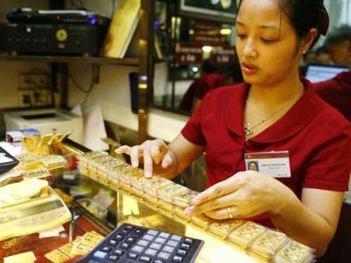 Ra giá cao, NHNN vẫn bán gần hết 1,5 tấn vàng - 1