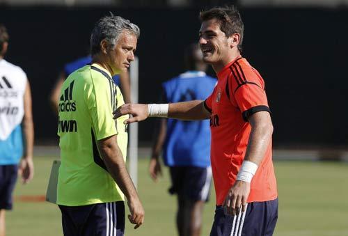 Mourinho chơi trò mèo vờn chuột với Real - 1