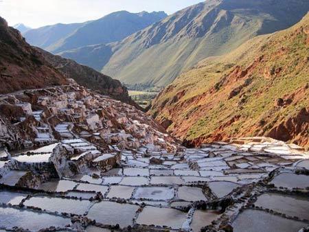 Ruộng muối thời tiền Inca đẹp như tranh ghép kính - 1