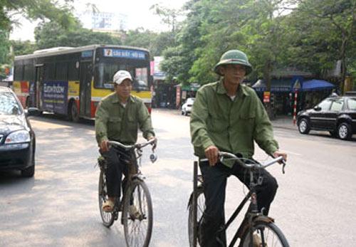 Xe đạp chống ùn tắc: Chỉ để giống… Tây! - 1