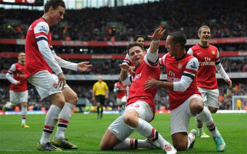 Fulham- Arsenal: Chỉ có một con đường - 1