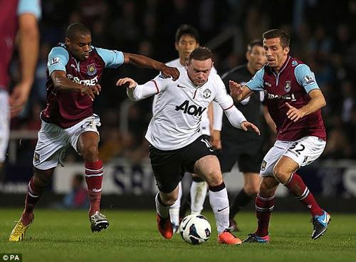 Rooney: Vô hại nếu ở lại MU? - 1