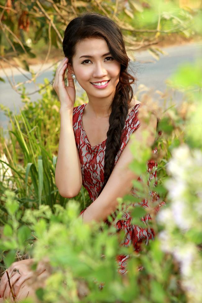Người đẹp đã bớt quê và ngày càng thể hiện vẻ gợi cảm nhưng vẫn nhí nhảnh, hồn nhiên
