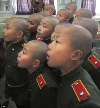 Triều Tiên: Đột nhập trường dạy tân binh nhí - 1