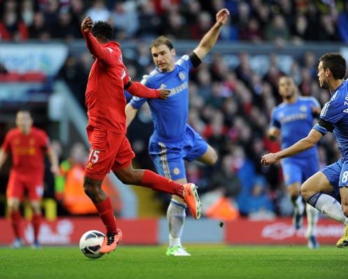 Chelsea hòa Liverpool: Sống trong sợ hãi - 1