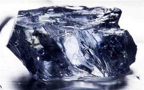 """Kim cương xanh """"cực hiếm"""" giá hơn 200 tỷ đồng - 1"""