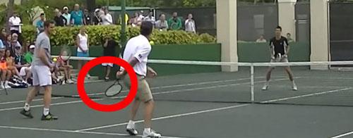 """Djokovic bị hạ gục bởi tennis """"phủi"""" - 1"""