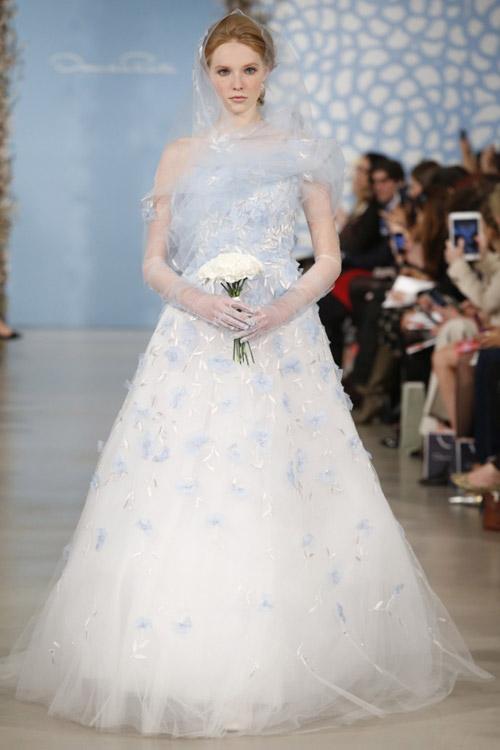 Nàng dâu yêu kiều của Oscar de la Renta! - 1