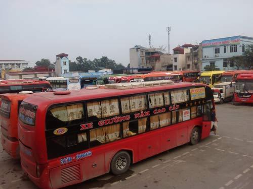 Nghỉ lễ: Giá xe khách đã tăng nửa tháng trước - 1