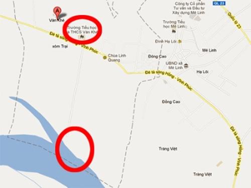 Tắm dưới sông Hồng cuộn xiết, 2 HS chết đuối - 1