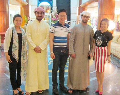 Vy Oanh nhí nhảnh tại Dubai - 1