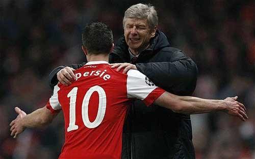 "Wenger: ""Hãy đừng la ó Persie!"" - 1"