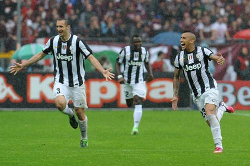 Serie A trước V35: Ngôi vương cho Juve - 1