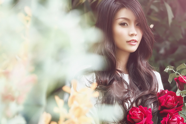 Miss Teen Diễm Trang ngọt ngào tuổi 20   Diễm Trang hóa thiếu nữ Ê-đê xinh đẹp  Diễm Trang trở thành đại biểu Tàu Thanh niên ĐNA  Diễm Trang giữa vòng vây hot boy Lào